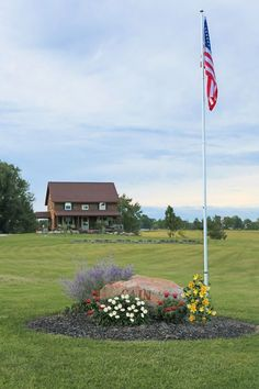 Landscaping Lighting Flower Bed - - Driveway Landscaping Easy - Modern Landscaping Around House - Flag Pole Landscaping, Driveway Entrance Landscaping, Landscaping Around House, Farmhouse Landscaping, Landscaping With Rocks, Modern Landscaping, Backyard Landscaping, Landscaping Ideas, Landscaping Software