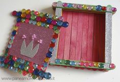 popsicle stick box Have popsicle sticks,glue,some gems,could use more. One project down Easy Crafts For Kids, Art For Kids, Art Projects, Projects To Try, Pop Stick, Craft Stick Crafts, Craft Ideas, Treasure Boxes, Popsicle Sticks