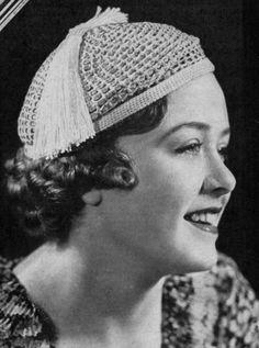Fez Beret  Vintage 1930s Crochet Hat Pattern by nostalgiarules