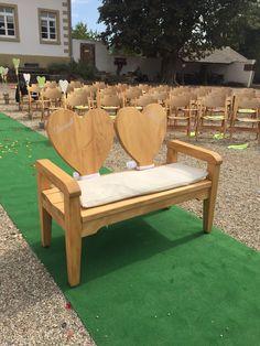 Hochzeitsbänkli Outdoor, in Eiche lasiert mit Beschriftung