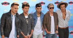 One Direction looking hotter than nessicsary on the red carpet