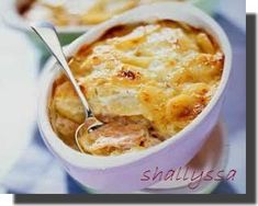 Gratin de pommes de terre au cheddar SANS GLUTEN Sans Gluten, Cheeseburger Chowder, Cheddar, Macaroni And Cheese, Soup, Ethnic Recipes, Food, Recipe, Mac And Cheese