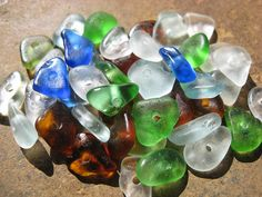 Beach Glass Beads by lakehousebeachglass. Found on the shores of Lake Erie! Glass Jewelry, Glass Beads, Lake Erie, Sea Glass, Etsy Store, Craft Projects, Beach, Crafts, Color