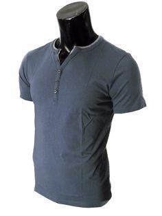T-Shirt uomo Scollo Serafino Tessuto slavato ad effetto used morbido leggero 100% cotone.