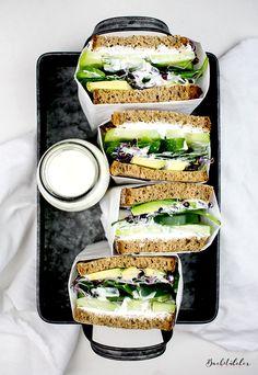 ... healthy green sandwich ...
