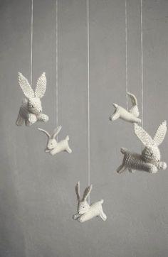 Móvil de origami para la decoración infantil