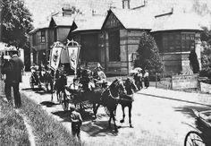 Queen Victoria's diamond jubilee procession passing the Pump Room in Tunbridge Wells, Our Town, Queen Victoria, Old Photos, This Is Us, Special Interest, London, Pump, Buildings