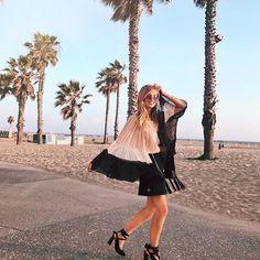 CALI LIFE 🌴🌊🌴🌊🌴🌊🌴 Soon on the blog: my fav @chloe outfit I put together via @netaporter 🌹#ChloeGirls http://liketk.it/2r9pj #liketkit #XOxNETAPORTER