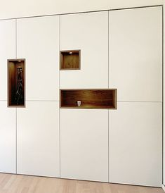 Wall Cabinets Living Room, Living Room Wall Units, Living Room Storage, Living Room Grey, Kitchen Cabinets, Home Entrance Decor, House Entrance, Home Decor, Entryway Storage
