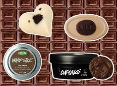 Produtinhos bem bacanas da Lush (da esq. pra dir.): Whipstick é um lip balm que mistura manteigas, cera de abelha, mel e cacau (R$ 45,70); Soft Coeur é uma barra de massagem que tem em seu interior mel e cacau pra deixar a pele com um cheiro gostoso (R$ 39,40); Dirty é uma barra de massagem recheada com cacau em pó e chocolate meio amargo vegano (R$ 47,30); Cupcake é uma máscara facial fresca que combina argila e cacau em pó pra remover todas as impurezas da pele (R$ 52,80)
