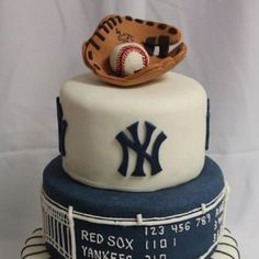 Pinstripes? not a fan of the yankees but this is a cool cake
