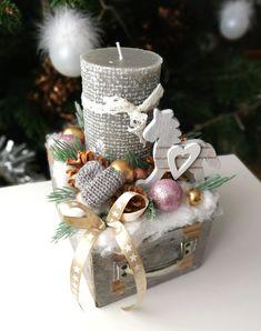 candle centerpiece for christmas Christmas Arrangements, Christmas Centerpieces, Xmas Decorations, Candle Centerpieces, Candles, Handmade Christmas, Christmas Ornaments, Diy Wreath, Tis The Season