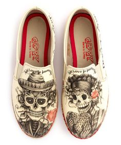 Women's Shoes Beige Sugar Skull Slip On Espadrille Fat Fashion, Skull Fashion, Crazy Shoes, Me Too Shoes, Skull Shoes, Mode Steampunk, Penelope, Slip On Espadrilles, Painted Shoes
