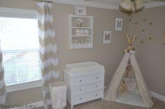 DIY No-Sew Tee-pee - such a sweet nursery addition that baby can grow into! #nursery #DIY