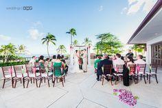 April Ken S Waikiki Wedding At The Halekulani Hau Terrace