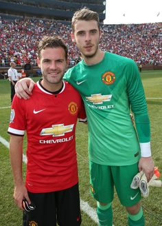 Juan Mata poses with close friend and fellow Spaniard David De Gea after @manutd beat Real Madrid in the International Champions Cup in 2014.