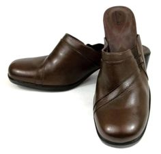 98c3e95563f14 Clarks Shoes Brown Leather Mules Loafers Womens 9 M  Clarks  Mules Loafer  Mules,