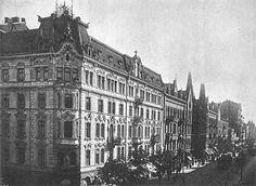 Ulica Marszałkowska w Warszawie przed 1914 rokiem. Widok w kierunku placu Zbawiciela, na pierwszym planie kamienica przy skrzyżowaniu z ulicą Hożą