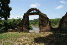 O que você não pode deixar de conhecer em Sirinhaém. Antigo Porto de Açúcar - Usina Trapiche