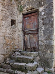 RJ Scott - USA Today bestselling author of MM Romance - Writing Romance Stories with a Guaranteed Happy Ever After, Atina. Entrance Doors, Doorway, Cool Doors, Rustic Doors, Door Knockers, Belle Photo, Windows And Doors, Architecture Details, Monuments