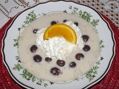 Gesztenyekrémleves recept rumos meggyel Fruits And Vegetables, Soup, Pudding, Dishes, Cooking, Breakfast, Desserts, Chowders, Kitchen