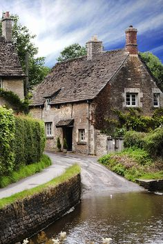 pagewoman: English Cottage (by Wendy White — FINEARTAMERICA)