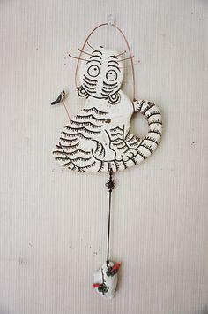 민화벽걸이 입니다.~~^^ 이거 저거 다 하고 싶은걸 호랭이, 물고기, 닭, 봉황으로 줄였습니다.~~^^ Korean Traditional, Wow Art, Ceramic Clay, Resin Art, Painting Inspiration, Washer Necklace, Decoupage, Arts And Crafts, Drawings