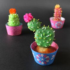 Make cute Cactus Cupcakes with our easy step by step! https://happythought.co.uk/day-of-the-dead/cactus-cupcakes #cactus #cupcakes #partyfood