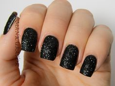 Sexy Black                                                                                                                                                                                 More Manicures, Glitter Nails, Dark, Ideas, Beauty, Glitter Accent Nails, Beleza, Nail Manicure, Gem Nails