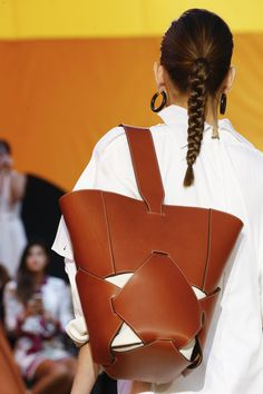 A detailed look at Céline Spring 2016