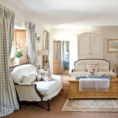 Excellent Bedrooms with Vintage touch Vintage Carpet – 30 Ideas with Beautiful Fabrics and