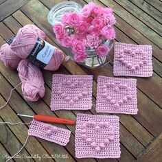 [Free Pattern] Adorable Hearts, Butterflies And Princess Crowns Bubble Stitch Baby Blanket - Knit And Crochet Daily Crochet Heart Blanket, Bobble Crochet, Crochet Box, Baby Afghan Crochet, Bobble Stitch, Free Crochet Square, Crochet Diagram, Crochet Squares, Crochet Stitches Patterns