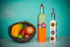 em-vez-de-jogar-fora-as-garrafas-de-azeite-e-vinagre-que-tem-formatos-diferentes-voce-pode-personaliza-las-como-ensina-a-artesa-cristina-mot...
