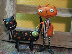 Spooky little Halloween creatures  Primitive folk art paper mache...