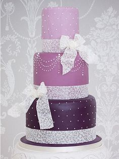 Purple wedding cake, serve alongside a British Cassis cocktail for the perfect purple wedding theme!