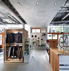 Флагманский магазин Takeo Kikuchi в Токио
