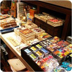 The museum shop, magneetjes e.d.