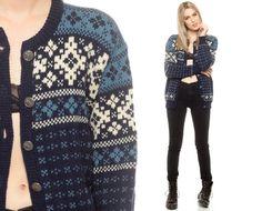 Norwegian Cardigan Sweater FAIR ISLE Snowflake Chill Style, Norwegian Knitting, Vintage Winter, Fair Isle Knitting, Scandinavian Style, Mantel, Sweater Cardigan, Knitwear, Knit Crochet