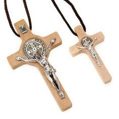 Croce san Benedetto legno naturale - Collana Croce san Benedetto legno naturale…