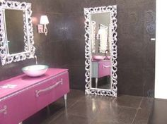 Cuarto de baño femenino.