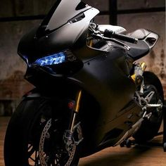 1199 panigale s                                                                                                                                                      More