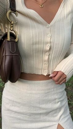 Fall Transition Outfits, Kendall Jenner Style, Parisian Chic, White Girls, Feminine Style, Boss Babe, Aesthetic Clothes, Casual Chic, Everyday Fashion
