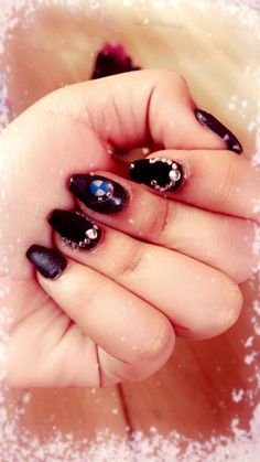 BMW nails 😍💛