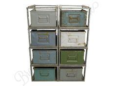 Industriële ladekast met oude metalen stapelbakken - Medium 4x2 - Vintage lockers en kasten - Brocantiek de Linde | industrial vintage, brocante & antiek www.brocantiekdelinde.nl