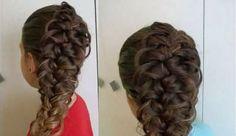 Znalezione obrazy dla zapytania fryzury komunijne