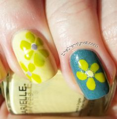 Summer nails- so cute!