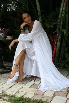Lingerie de mariage Robe de mariage en Nylon par SarafinaDreams
