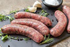 Cele mai gustoase retete de carnati de casa Italian Ham, Berkshire Pork, Cuisines Diy, Best Sausage, How To Make Sausage, Bratwurst, Charcuterie, Tasty, Meat