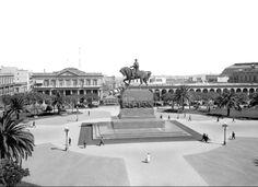 Montevideo, Uruguay - Plaza Independencia