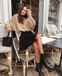 53 stylish winter looks to try this season Designer . - 53 stylish winter looks to try this season Designers Designer Clothing - Mode Outfits, Dress Outfits, Fashion Outfits, Womens Fashion, Fashion Trends, Fashion Ideas, Fashion 2017, Fashion Patterns, Woman Outfits